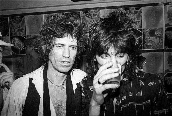Keith Richards, Ronnie Wood, The Rolling stones, 1980, Allan Tannenbaum, Fine art, photography, home decor, wall decor, interior design, La Maison Rebelle, gift shop, Los Angeles, fine art photography, signed, limited edition, art gallery, gallery, new york city