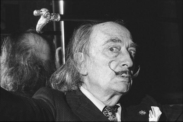 Salvador Dali, 1974, Dali, surreal, artist, Allan Tannenbaum, Fine art, photography, home decor, wall decor, interior design, La Maison Rebelle, gift shop, Los Angeles, fine art photography, signed, limited edition, art gallery, gallery, new york city