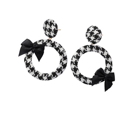 Cora Houndstooth Hoop Earrings