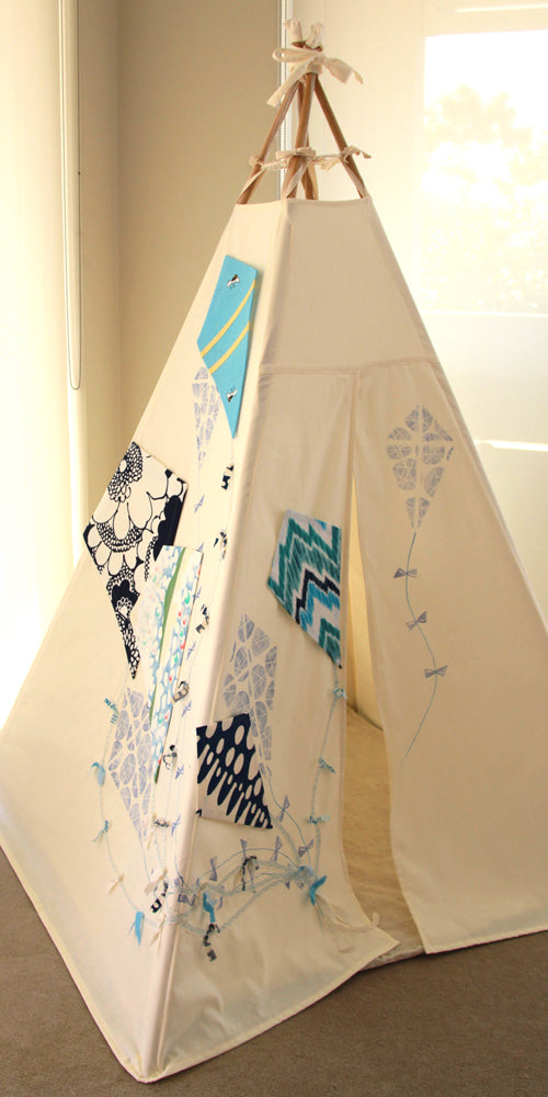 Blue Kite Teepee