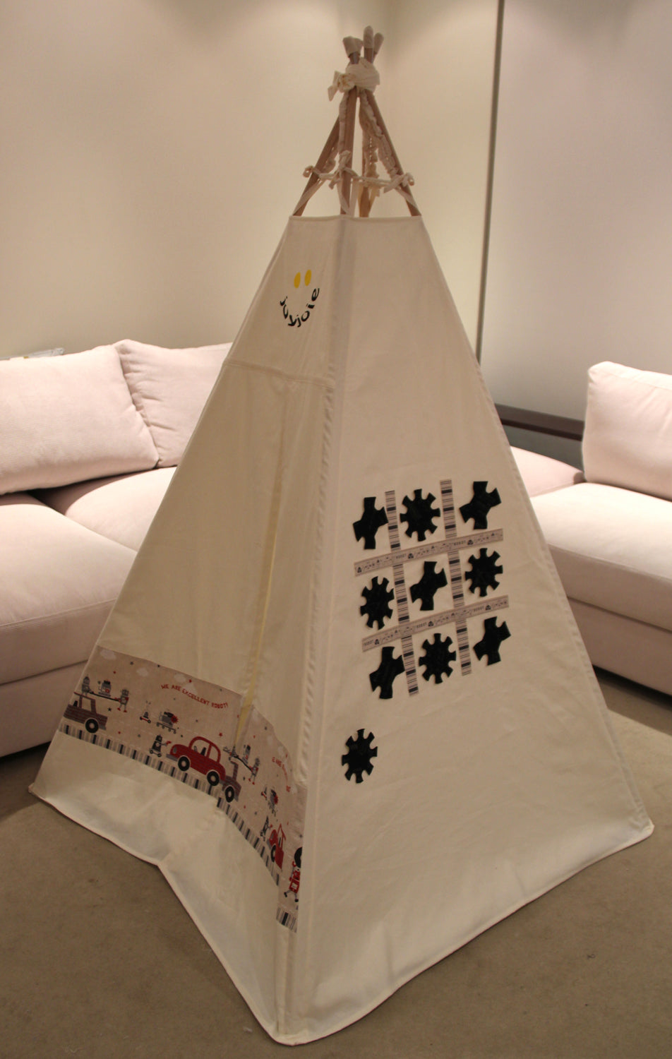 Teepee Game Robot