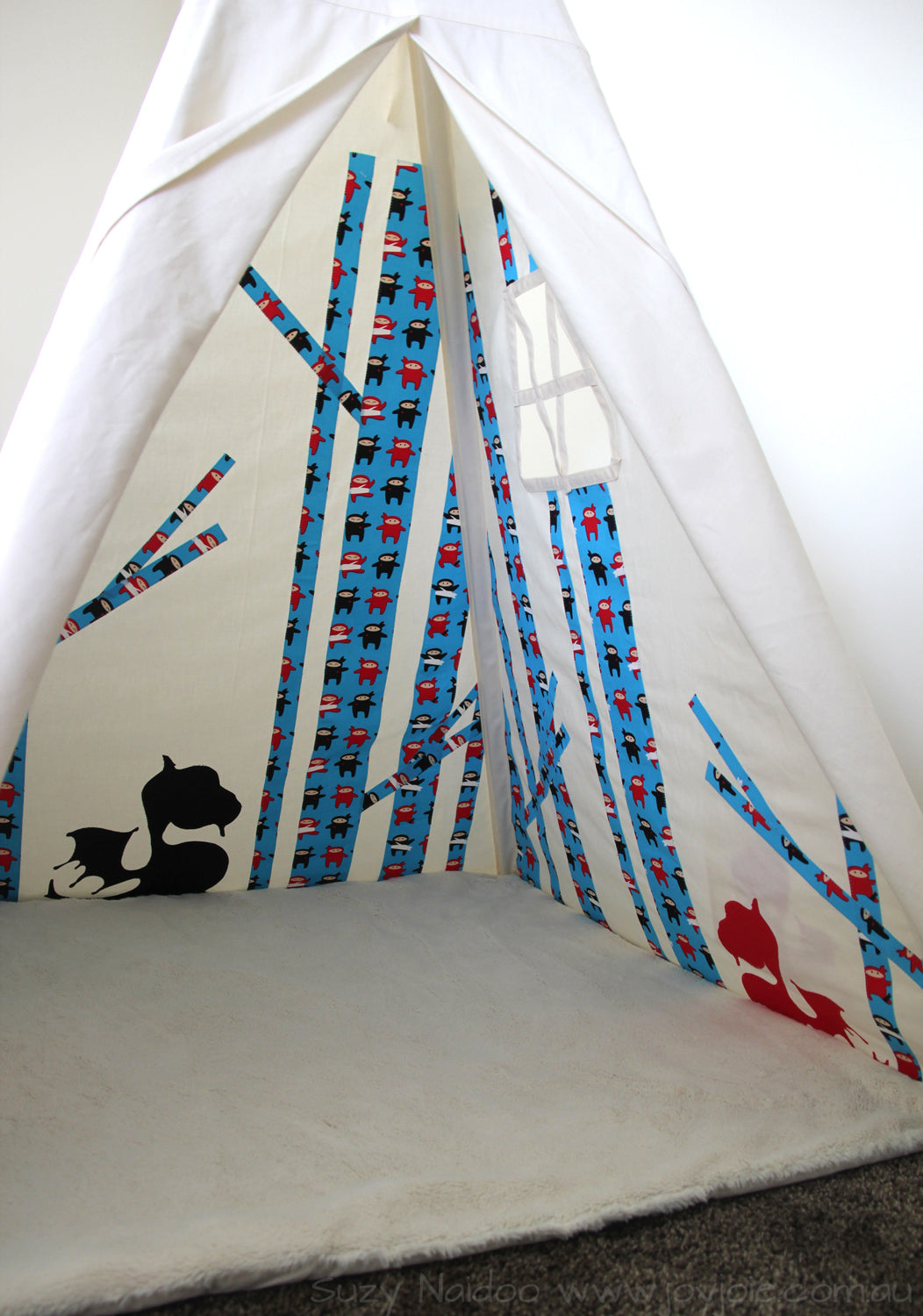 Secret Myths Teepee
