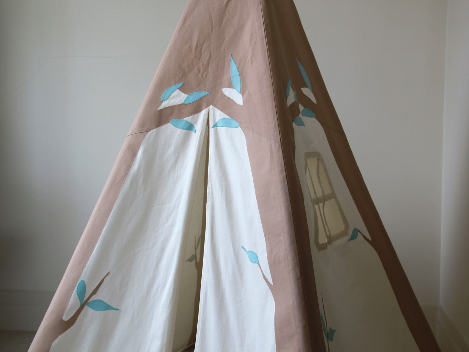 Kids Tree Teepee