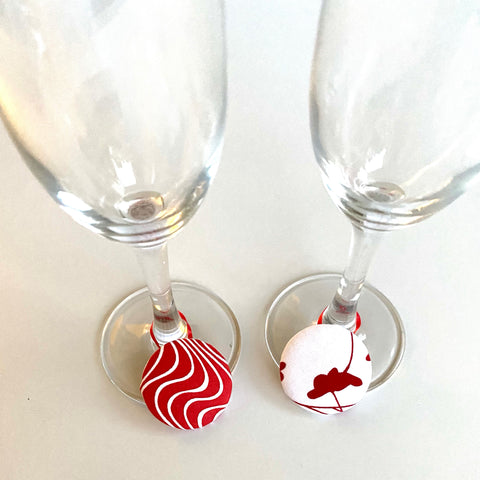 Drinking Glass Charm | Cup Identifier button on elastic I Christmas Hair Decoration