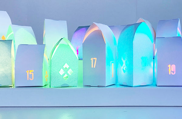 Paper House Advent Calendar | 24 houses | Christmas flatpack houses with diplay