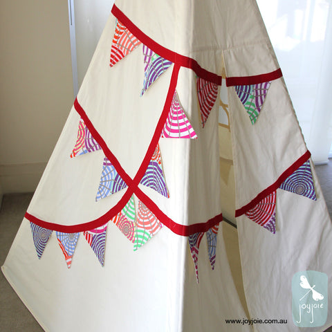 Parasol fabric bunting teepee with red trim, side view