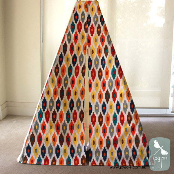 Teepee with bright geometric doors (ex. poles) - joyjoie