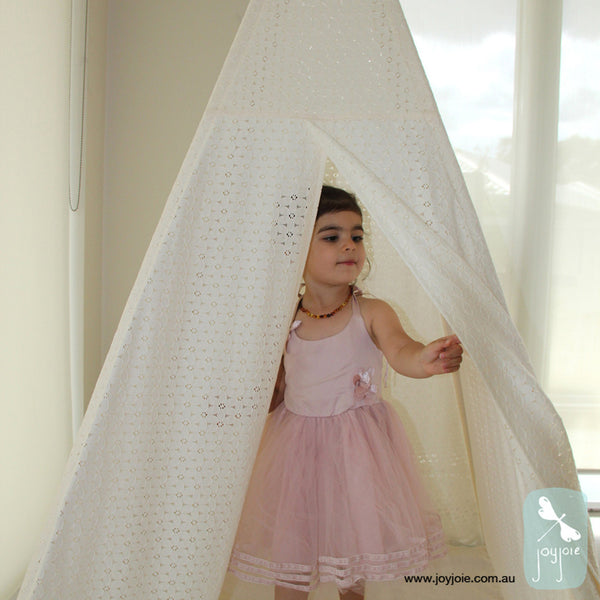 Soft White Lace Teepee - joyjoie