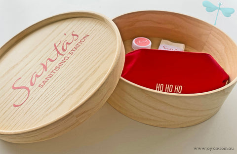 Santa's Sanitising Station | Christmas Eve round box with lid