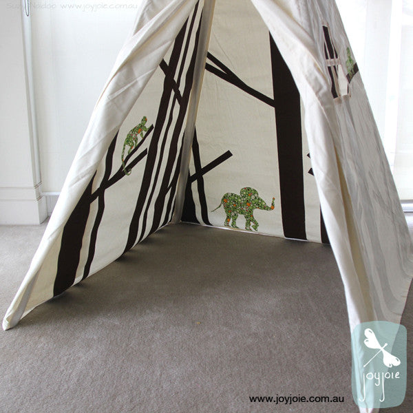 Secret Rainforest Teepee – Brown & Green Spot - joyjoie