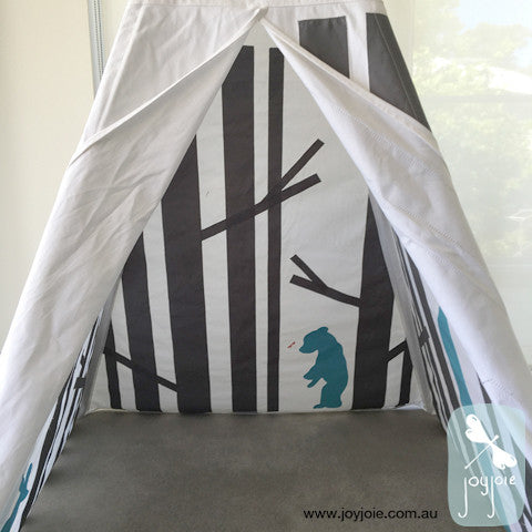 Secret Hideaway Teepee with mixed animals - joyjoie