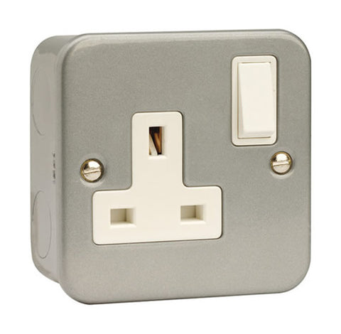 1 Gang 13A DP Switched Socket Outlet