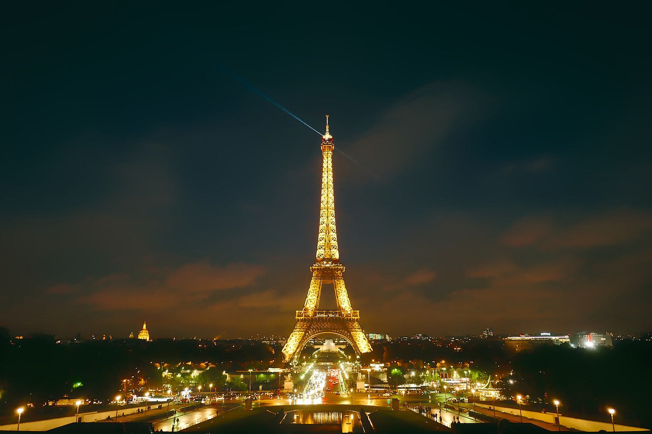 paris-eiffel-tower-at-night-john-taylor-watches-blog