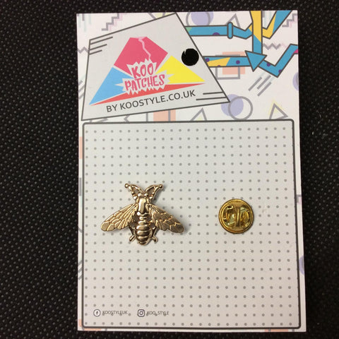 MP0002 - Gold Wasp Bee Fly Bug Metal Pin Badge