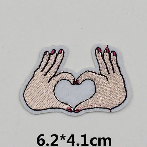 PH773 - 2 Hand For Heart (Iron on)