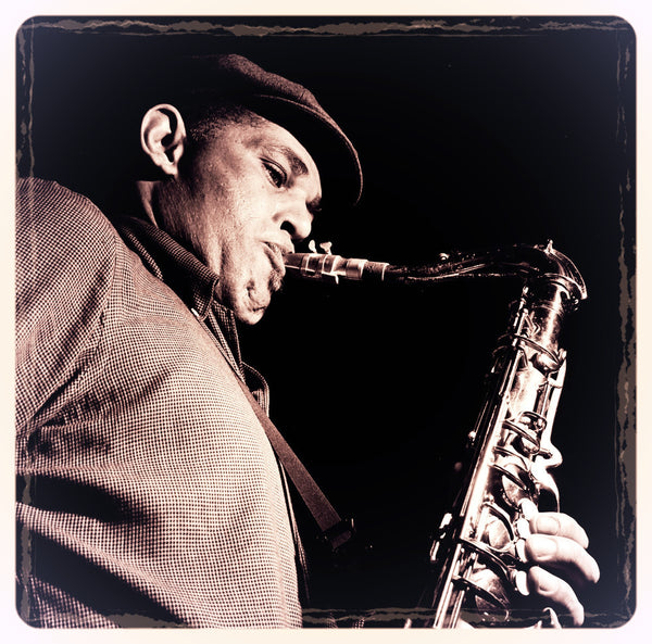 """Daddy Plays The Horn"" - Dexter Gordon Solo Transcription (Bb) (PDF)"
