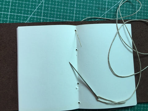 tutorial - make a leather journal 14