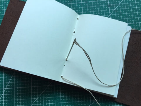 tutorial - make a leather journal 25