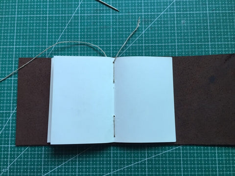 tutorial - make a leather journal 32