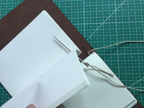 tutorial - make a leather journal 37