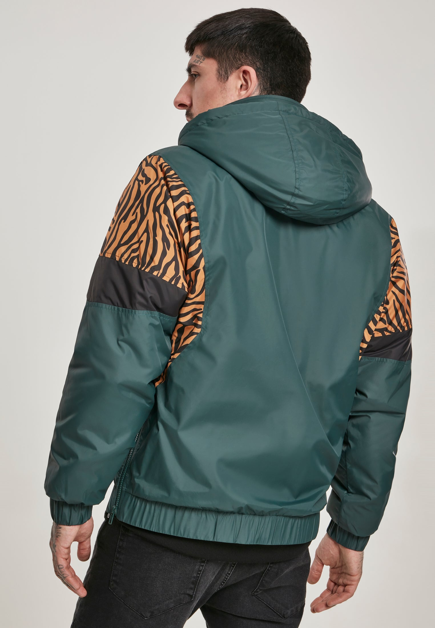 TB-3160 Animal Mixed Pull Over Jacket