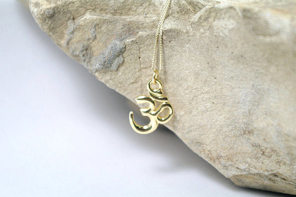 14K Gold Om Necklace
