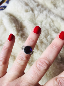 Amethyst silver round stone ring
