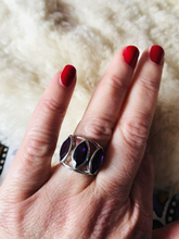Load image into Gallery viewer, Three stone amethyst ring