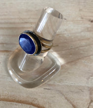 Load image into Gallery viewer, Lapis Lazuli stone ring