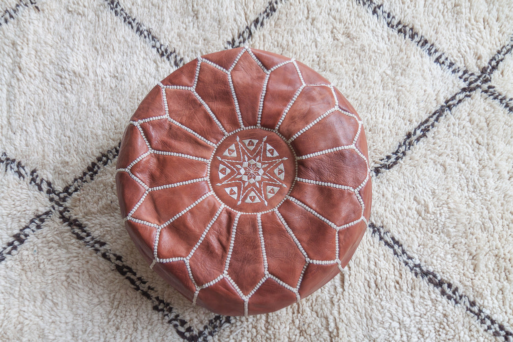 Leather pouf (Natural brown)