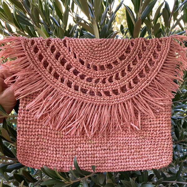STRAW BAG FRINGES ROSÈ