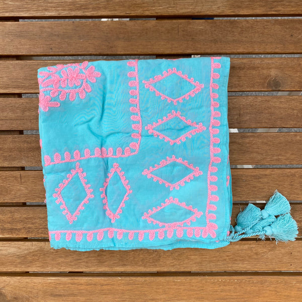 PAREO BLUE WITH PINK EMBROIDERY
