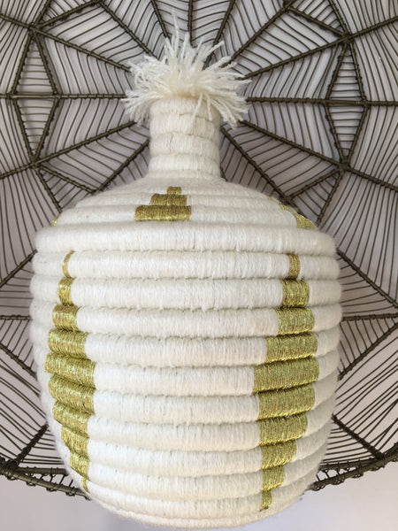 VINTAGE BERBER BASKET WHITE/GOLD