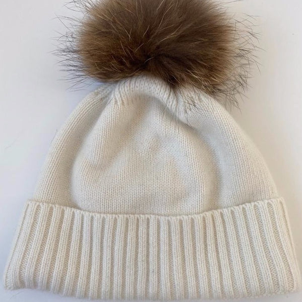 KASHMIR HAT WITH FUR POMPOM CREAM