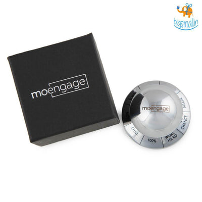 Decision Maker Paperweight - MoEngage