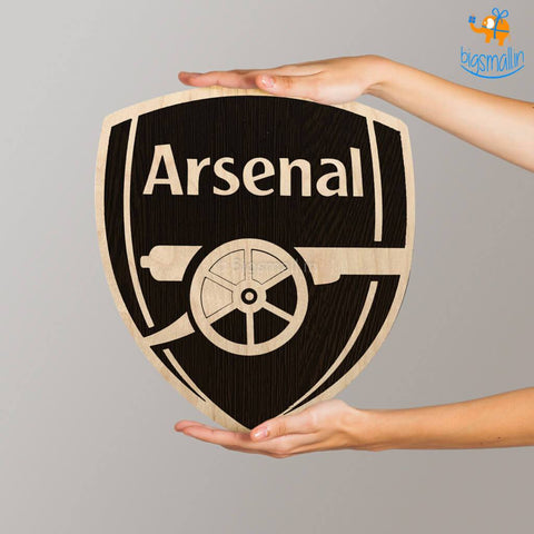 Arsenal Engraved Wooden Crest - bigsmall.in