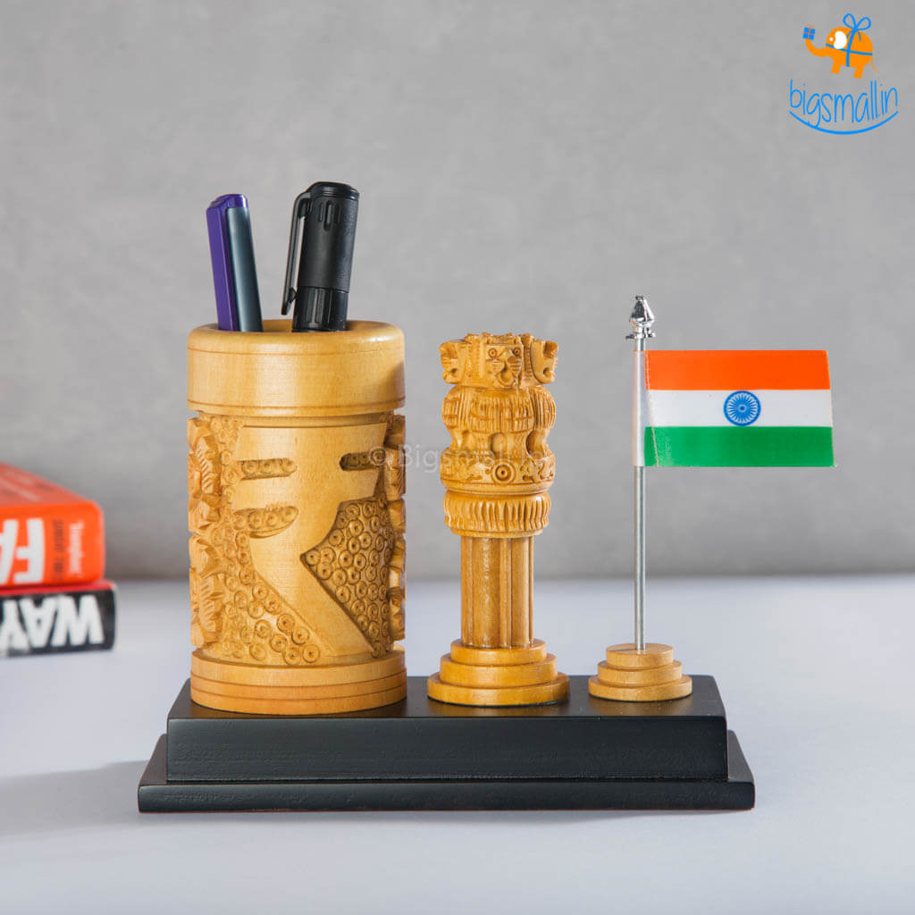 Wooden Ashoka Pillar Pen Stand