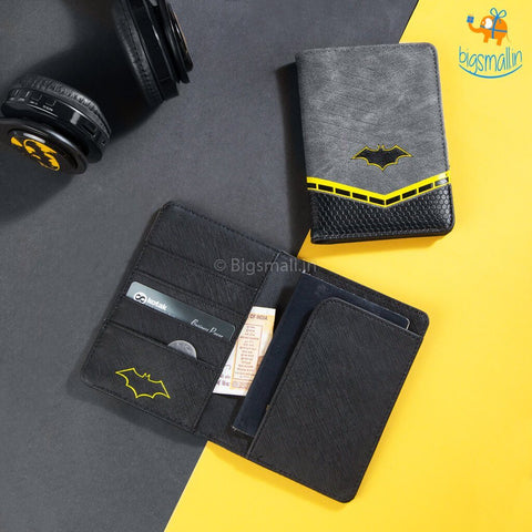 Official Batman Passport Holder - bigsmall.in