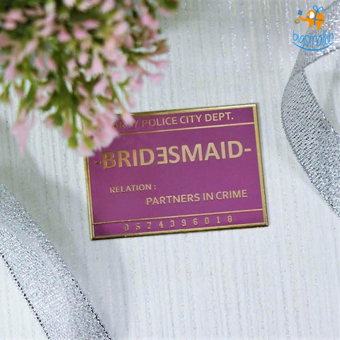 Bridesmaid Lapel Pin - bigsmall.in