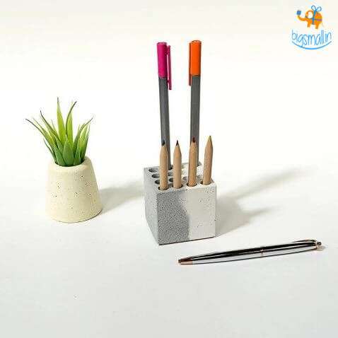 Concrete Multi Pen Stand