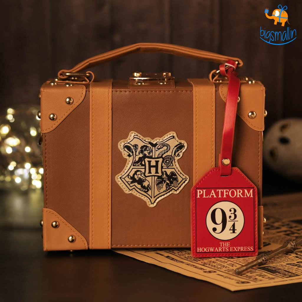 Harry Potter Trunk Hand Bag - bigsmall.in