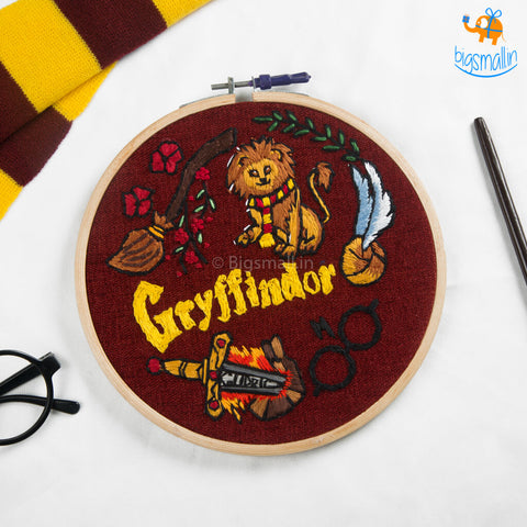Hogwarts House Embroidery Hoop Art - Harry Potter