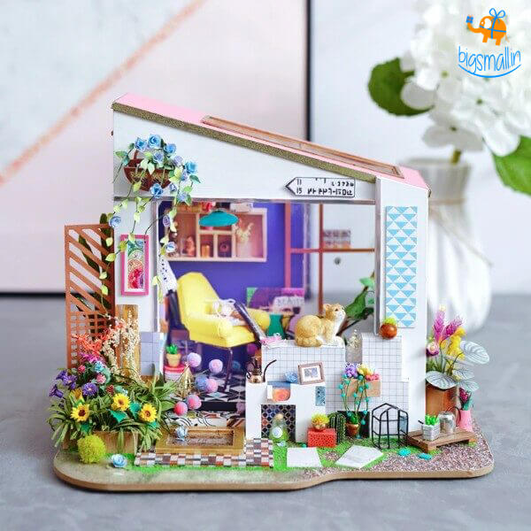 DIY Miniature House - Lily's Porch