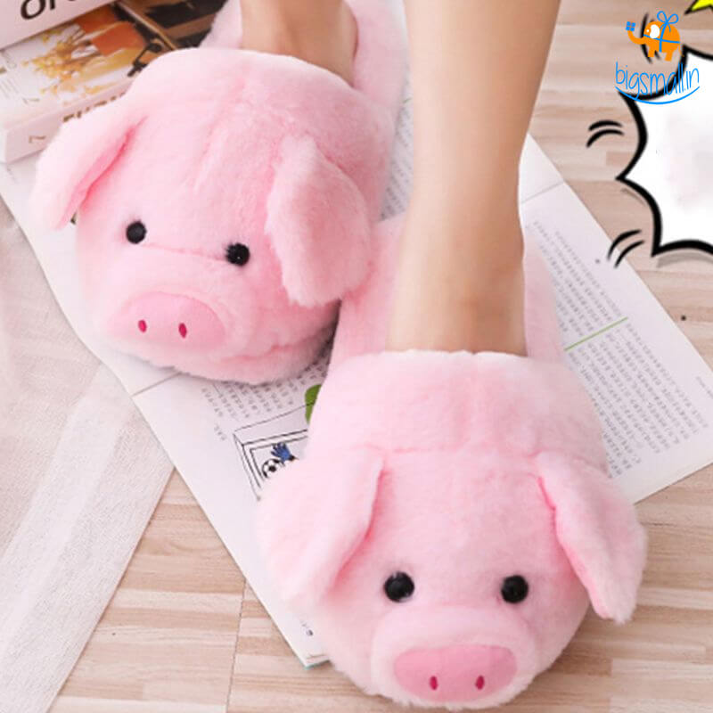 Piggy Plush Slippers (UK Size 4-8.5)