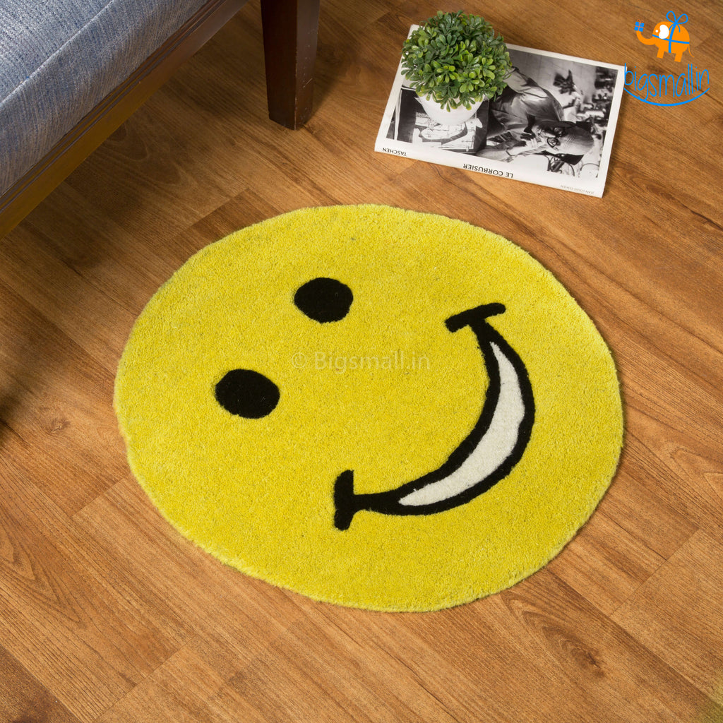 Smiley Round Rug