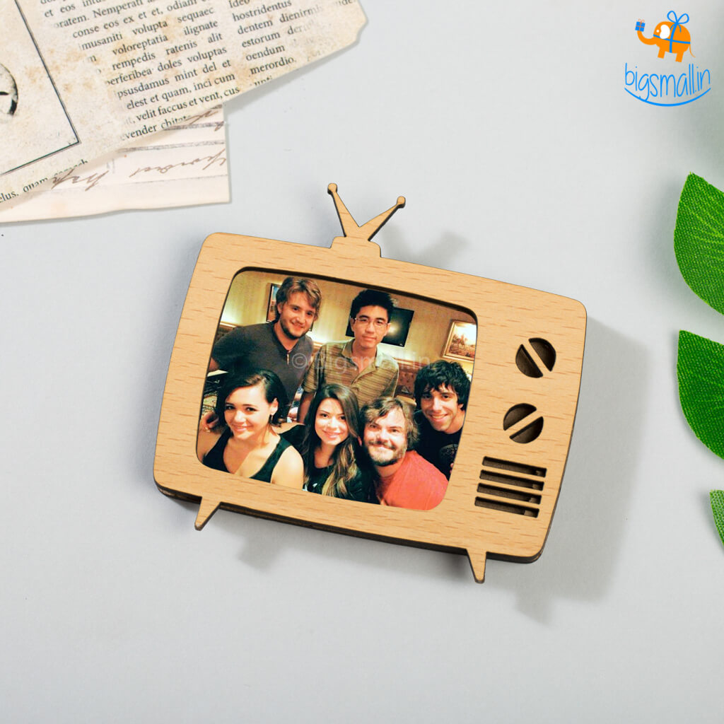 Retro TV Wooden Magnetic Photo Frame