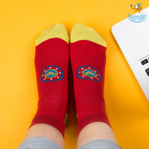 Official Wonder Woman Socks