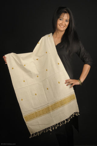 Handmade 100% Eri Silk stole, white with green geometric design border