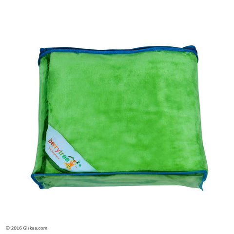 Berrytree Baby Blanket: Baby Green