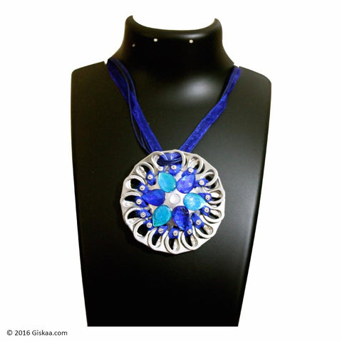 The Artistic Can Blue Poise Round Pendant